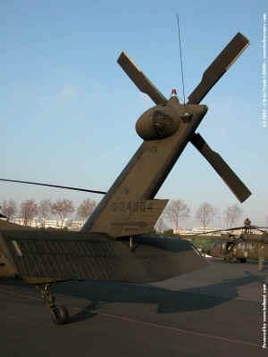 UH-60_8192.JPG (61107 octets)