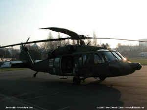 UH-60_8203.JPG (60469 octets)