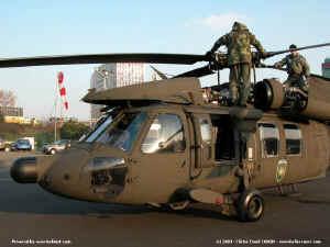 UH-60_8206.JPG (92731 octets)