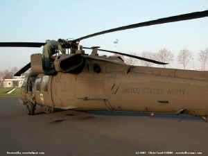 UH-60_8210.JPG (68457 octets)
